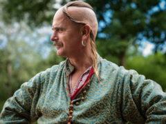 Как выглядят казачьи усы и что символизируют?