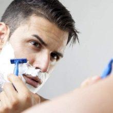 Как правильно бриться станком: нюансы, которые вы не знали
