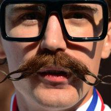 Мода на усы и что они значат у мужчины?
