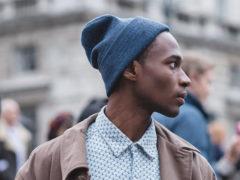 Как носить шапку носок мужчинам: правила сочетания с гардеробом
