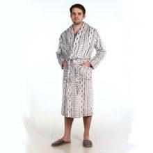 Как выбрать мужской халат по таблице размеров, фасону и качеству?