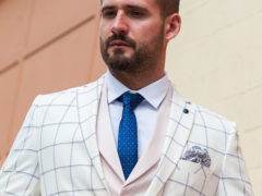 Мужской пиджак в клетку: с чем носить и какой выбрать?