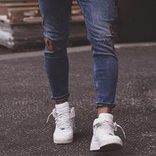 Как правильно подворачивать джинсы мужчинам?