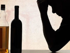Каково влияние алкоголя на потенцию и сперму у мужчин?