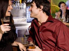 Как познакомиться с девушкой в клубе или вечеринке: практические советы