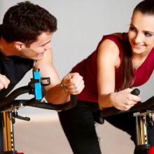 Как познакомиться с девушкой в спортзале: практичные подкаты