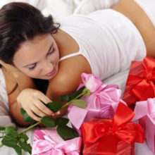 Что можно подарить жене или девушке на 8 марта?