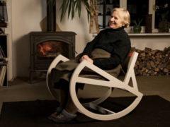 Что можно подарить на 90 летний юбилей женщине?