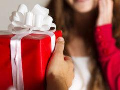 Подарок за 3000 рублей девушке: оригинальные идеи