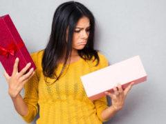 Значение подарков для женщин от мужчин: перечень подарков с подтекстом