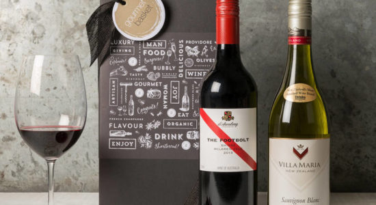 Какое вино подарить женщине?