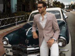 9 интересных образов, которые показывают, что белые брюки мужчинам можно смело носить и зимой, и летом