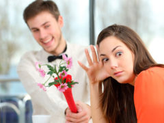 Как правильно делать подарки женщине и не задрать планку слишком высоко